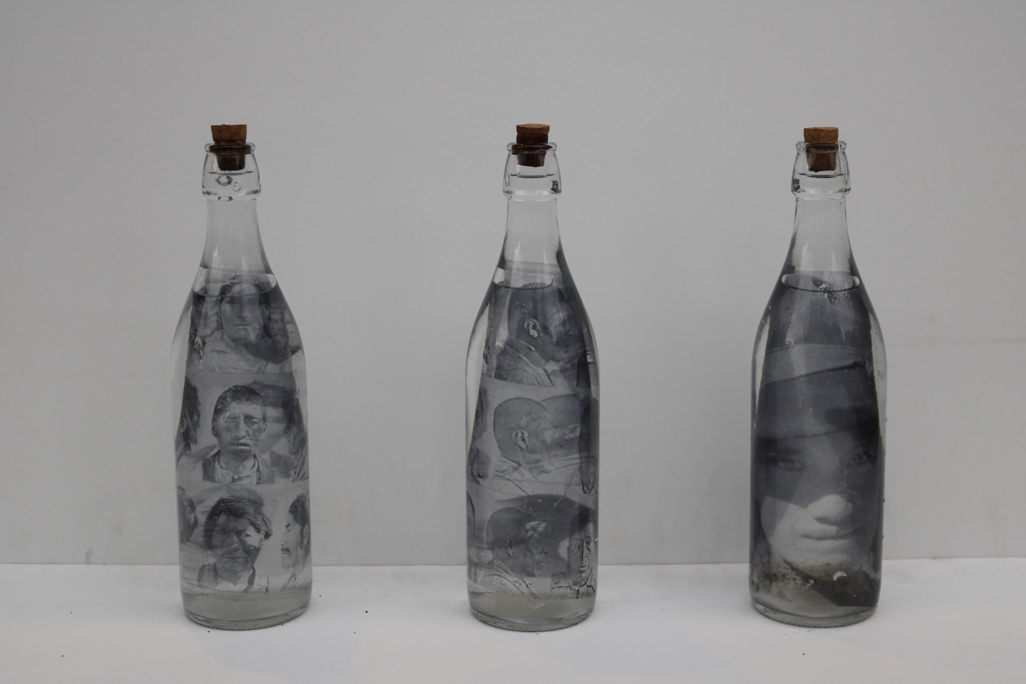 Gaston Ugalde_La guerra del agua, 2000, técnica mixta, medidas variables